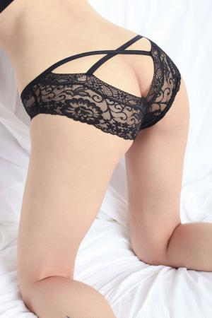 Womens Lush Lace Crossover Back Panty