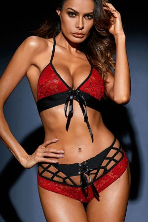 First Night Lingerie Set - Cherry Red