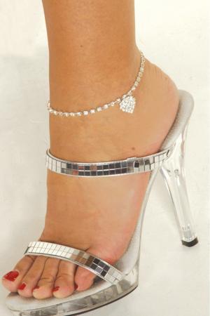 Rhinestone Heart Anklet